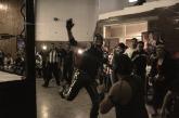 La lucha de campeonato también tuvo acciones bajo el ring, en el CCBP, en Bogotá. Foto: Alex Acero